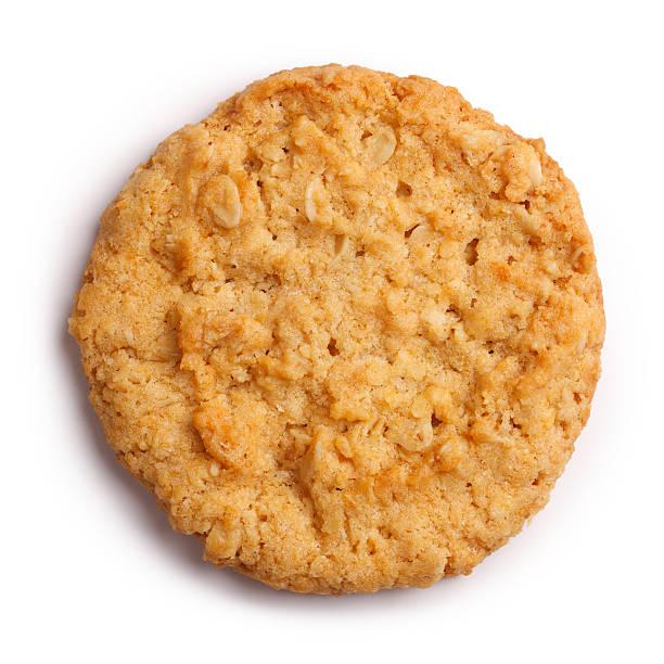 anzac biscuit isoliert clipping path - hafer cookies stock-fotos und bilder