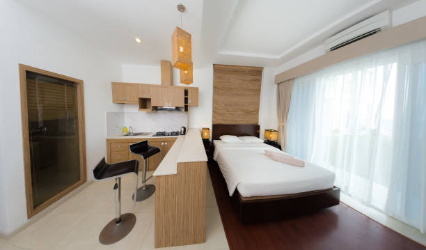Concepto de apartamento e interior - foto de stock