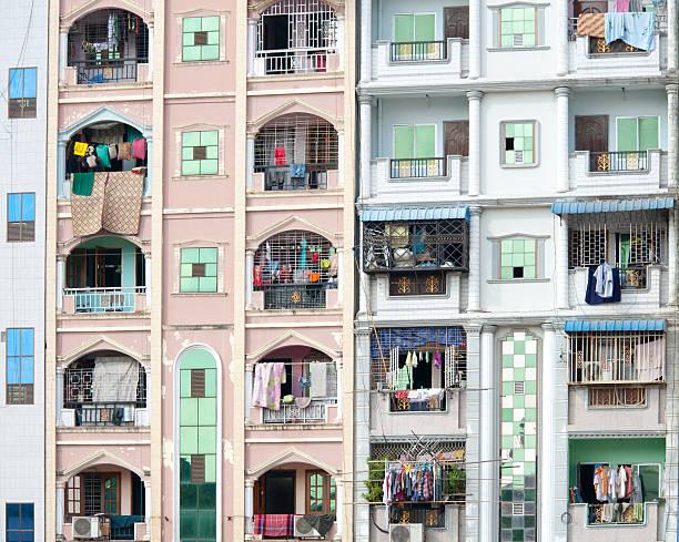 apartment building - burma home do zdjęcia i obrazy z banku zdjęć