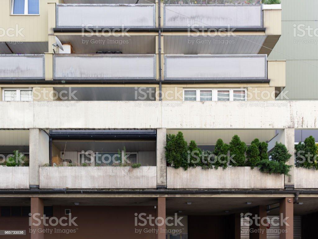 Appartementsgebouwen met terras in Wenen - Royalty-free Afdalen Stockfoto