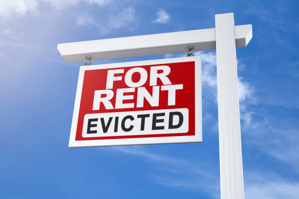 apartment or house for rent sign after eviction - mphillips007 stock pictures, royalty-free photos & images