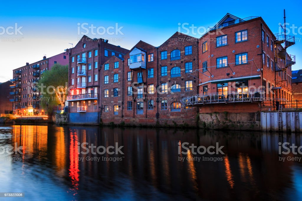 Apartments Bars And Restaurants On The River Aire In Leeds Yorkshire ...