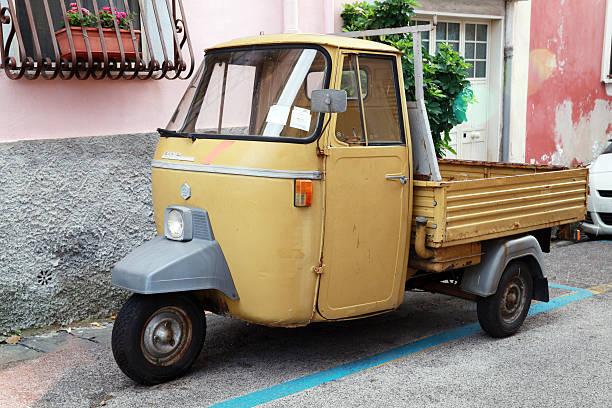 P 501 Ape è un tre ruote veicoli commerciali leggeri - foto stock