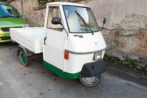 Scimmia TM P 50 a tre ruote veicolo commerciale - foto stock