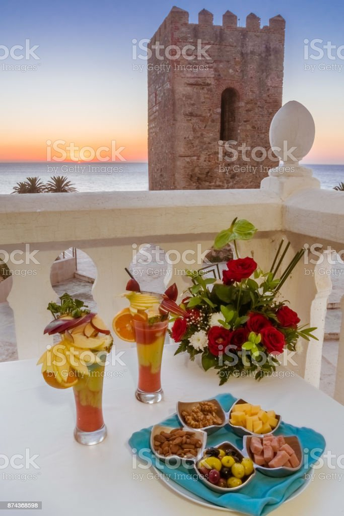 Aperitif in terrace - foto stock