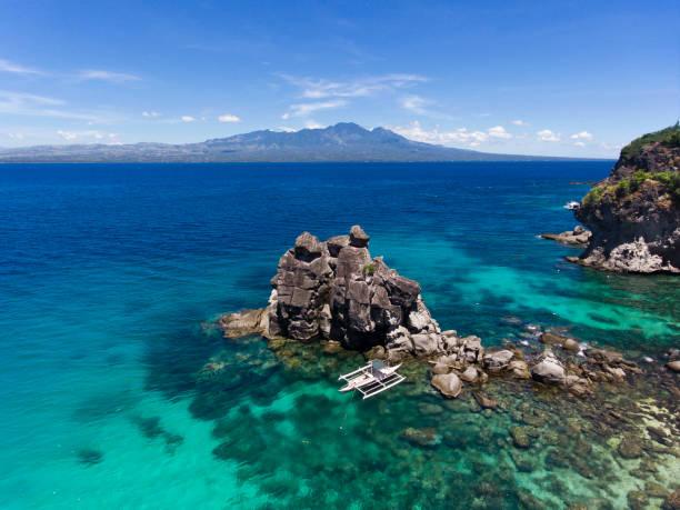 Apo island Apo island dive boat philippines sea apothegm stock pictures, royalty-free photos & images