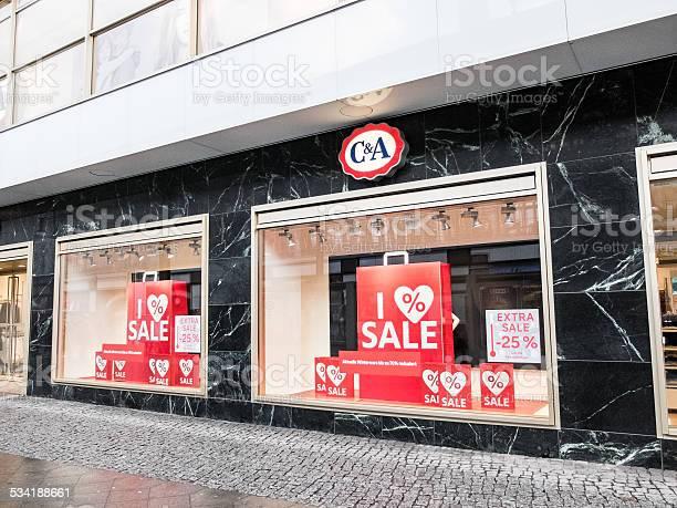 Apparel store in berlin picture id534188661?b=1&k=6&m=534188661&s=612x612&h=pbq2uv7rh 2ykgxudxzqglca5q xi0xy 0uunz0vdqk=