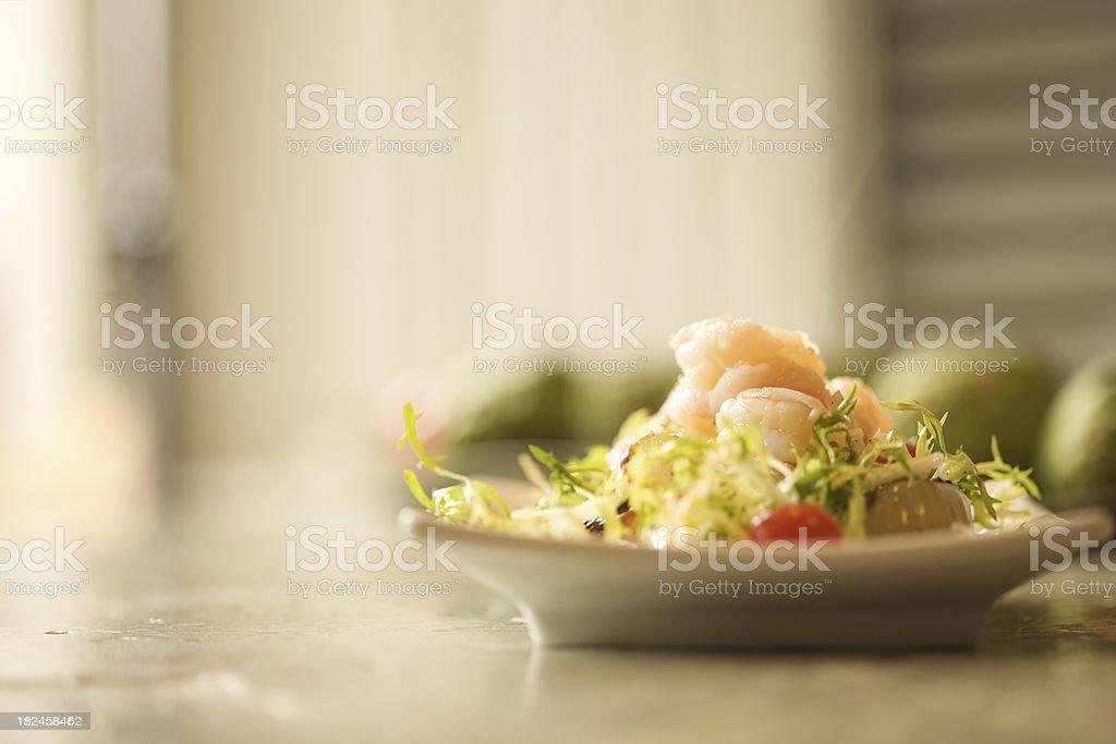Aperitivo ensalada de camarones foto de stock libre de derechos