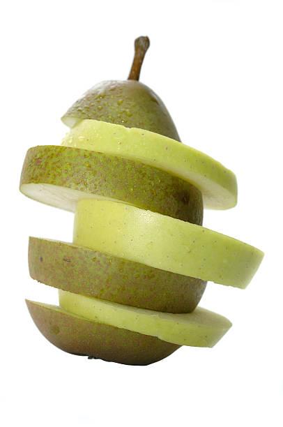 apfel und birne, einem frucht-scheiben - dinge die zusammenpassen stock-fotos und bilder