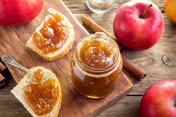 apple butter (jam) - marmellata foto e immagini stock