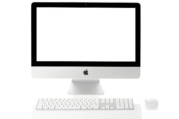 Apple iMac con teclado y ratón - foto de stock