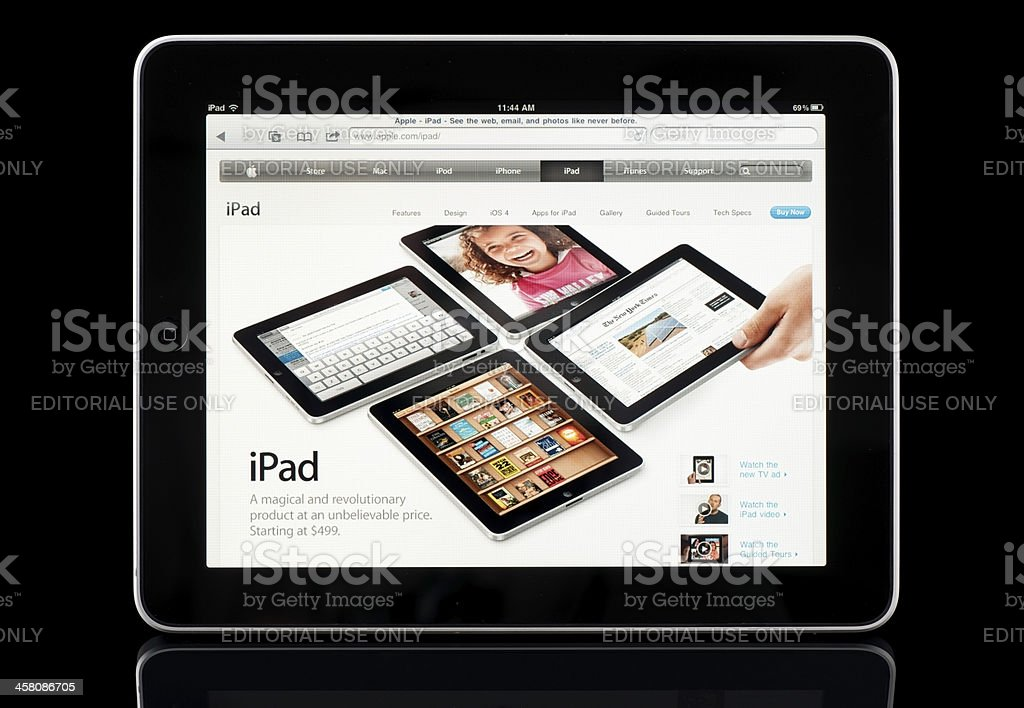 Apple iPad displaying own page on Apple.com, Black with Reflection stock photo