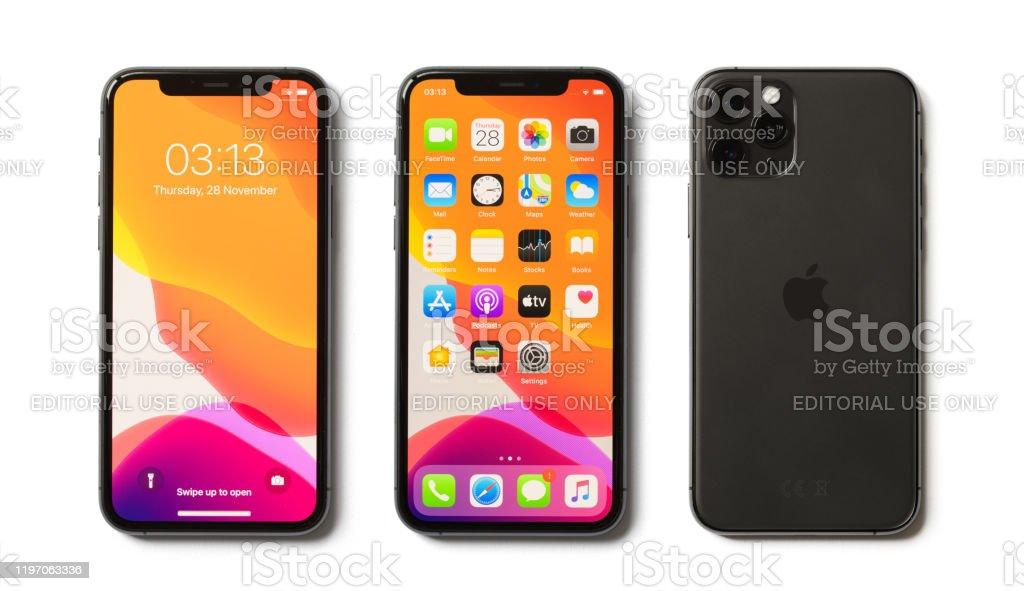 Apple iPhone 11 Pro beyaz arka planda izole - Royalty-free 11 Sayısı Stok görsel