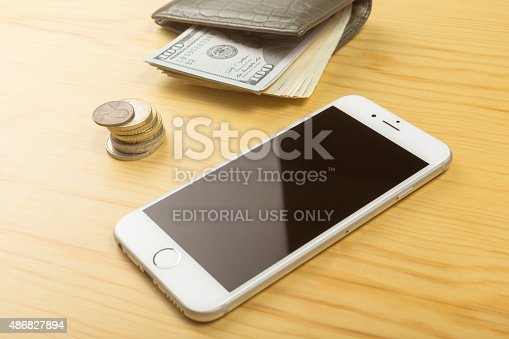 istock Apple iPhone 6 on the Table 486827894