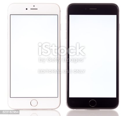 istock Apple iPhone 6 Plus Black and White 523182954