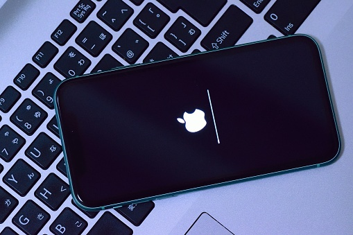 Apple iPhone during iOS update