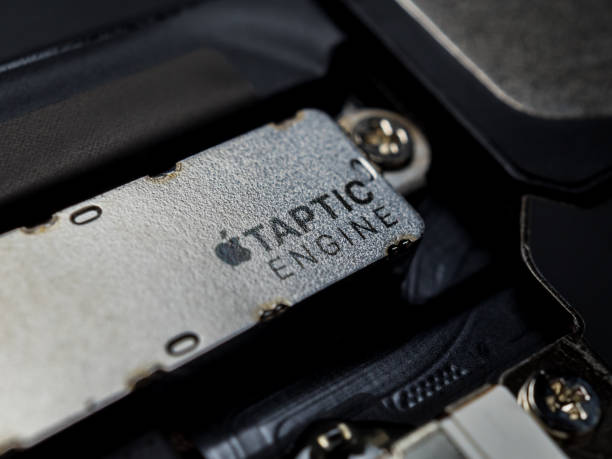 apple iphone taptic engine (vibration) module - defection stock photos and pictures