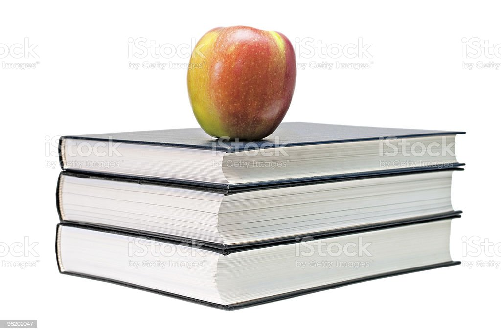 Apple sul libro. foto stock royalty-free