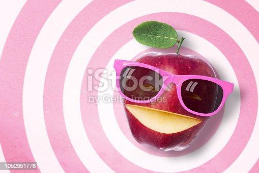 istock Apple 1052951776