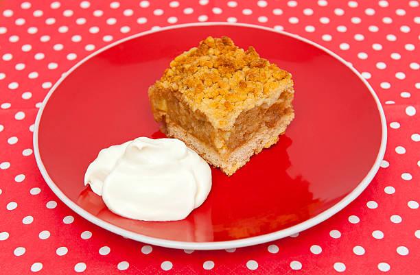 apple pie - apfelweinkuchen stock-fotos und bilder