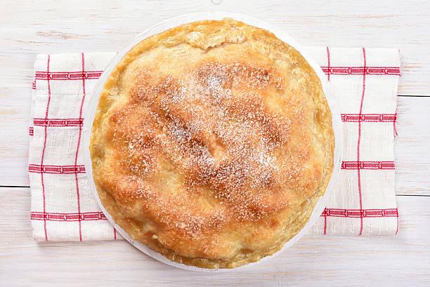 torta de maçã, vista de cima - torta salgada - fotografias e filmes do acervo