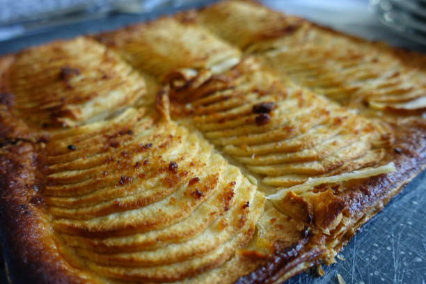 Cтоковое фото Apple pie with puff pastry
