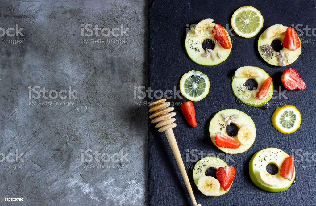 Apple rings with honey foto stock royalty-free