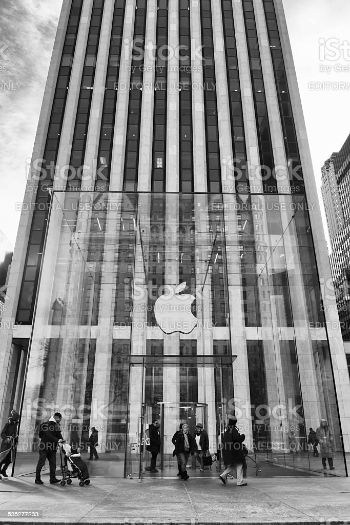Apple Store at 5 th Avenue in New York City stock photo