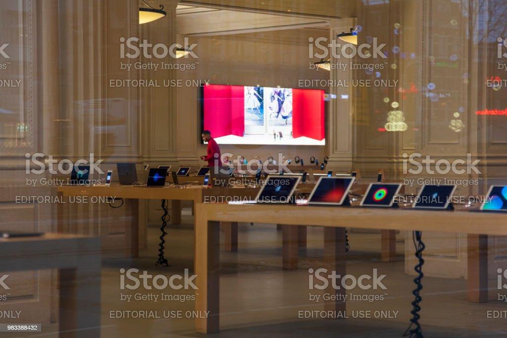 Apple Store em Amesterdão - foto de acervo