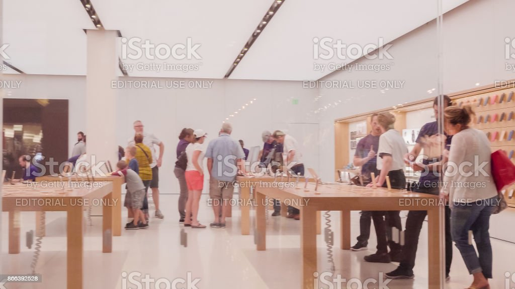 Apple store in Park Meadows Mall stock photo