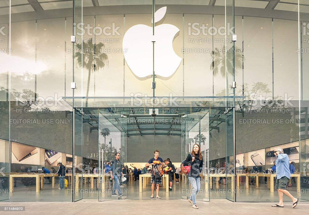 Apple Store on 3rd Street Promenade in Santa Monica stock photo