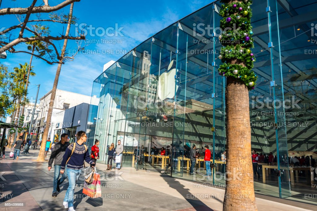 Apple Store on Third Street Promenade, Santa Monica, USA stock photo