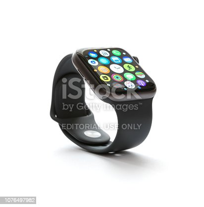 istock Apple Watch Series 4 1076497982