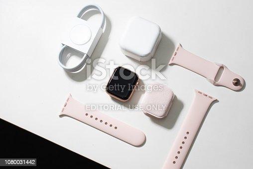 istock Apple Watch Series 4 1080031442