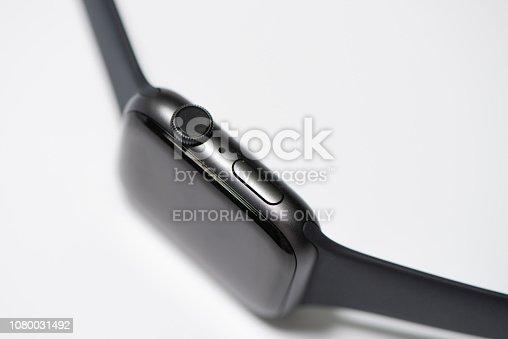 istock Apple Watch Series 4 1080031492