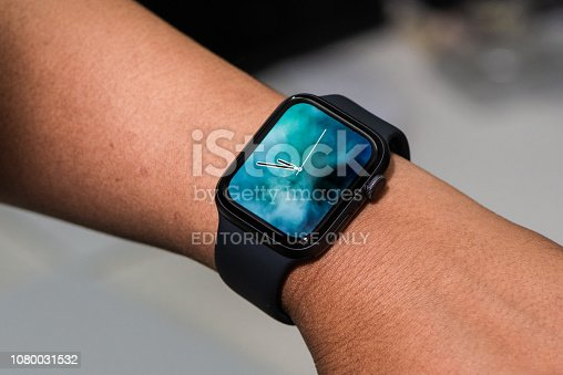 istock Apple Watch Series 4 1080031532