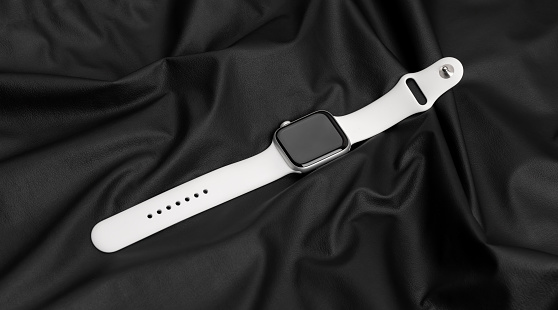 Apple Watch Series 5 Silver Aluminum Case with Sport Band White color.