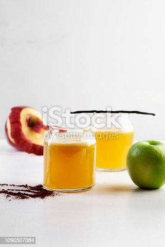 Apple - Fruit, Braeburn Apple, Drink,Juice, Smoothie, Detox, Milkshake, antioxidant