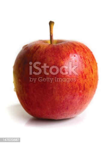 istock Apple with waterdroplets 147020587