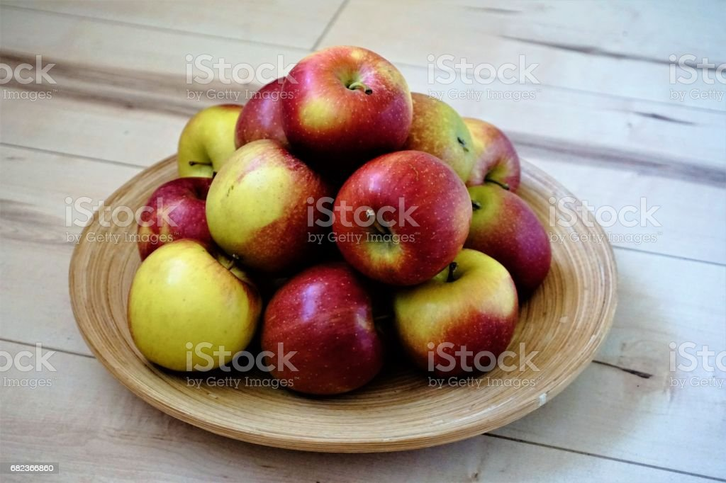 Apples in a bowl foto stock royalty-free