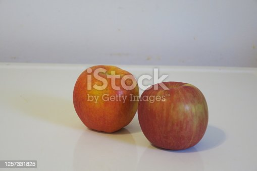 Pair of apples