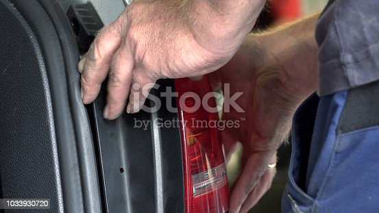 istock Appraiser checks damage to the vehicle 1033930720