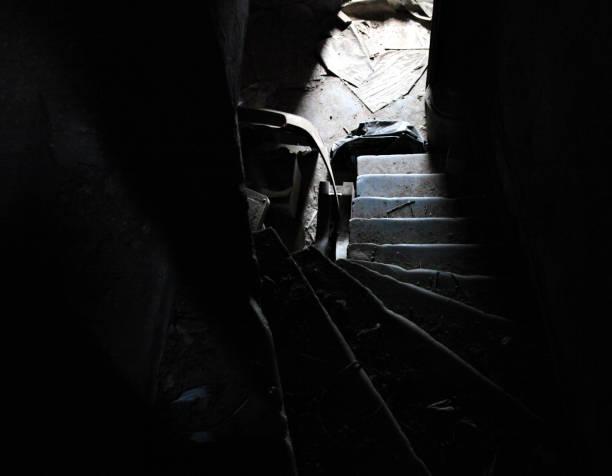 ängstlich treppen - imperialismus stock-fotos und bilder