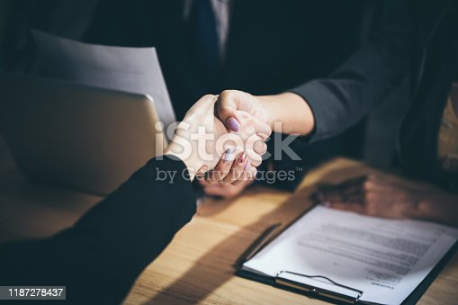 1007078074 istock photo approve concept for business, business success 1187278437