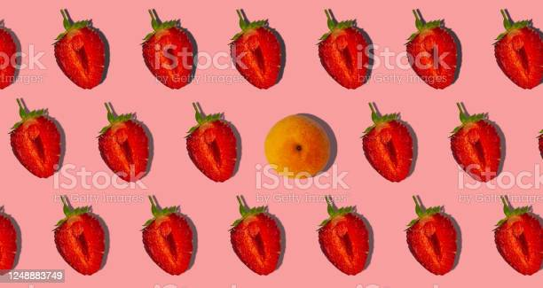 Apricot and strawberry with hard shadows flat lay on pastel pink picture id1248883749?b=1&k=6&m=1248883749&s=612x612&h=rj8aca8v4g8j8f7ywzedpaolobbm2iwafqjer6caen0=