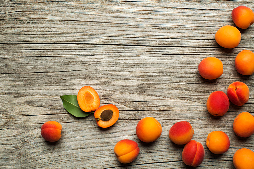istock Apricots 905633944