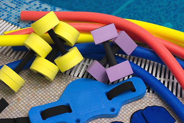 equipamentos de aeróbica aquática - organismo aquático - fotografias e filmes do acervo