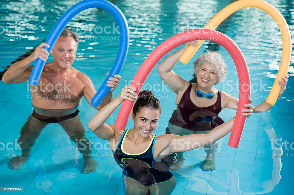Aqua aerobics with seniors - foto de stock