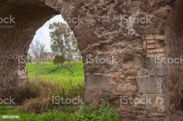 Aqueduct Park Rzym Włochy - zdjęcia stockowe i więcej obrazów Akwedukt