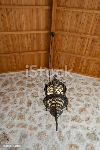 istock Arabic Handmade Pendant Lamp 1084430864